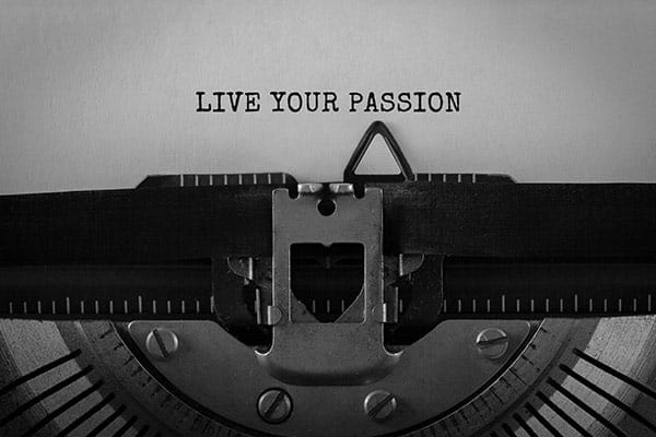 "Typewriter with ""Live Your Passion"" typed"